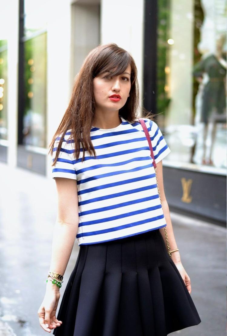 Neoprene-Skirt-Street-Style-navy-750x1125
