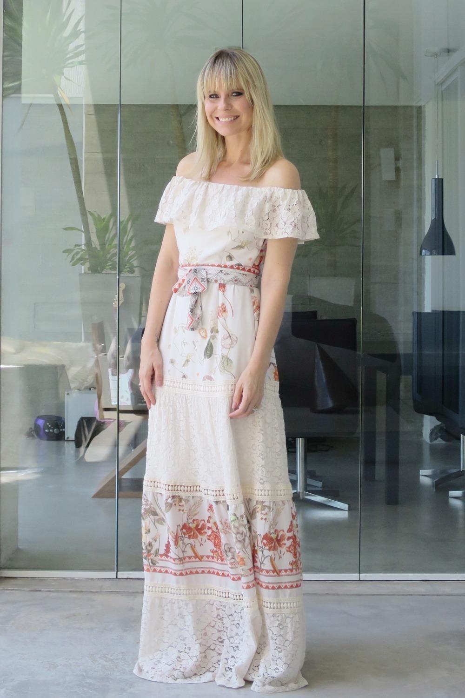 Look Paula Martins - AMISSIMA Verao 2016 - Vestido longo com recorte de renda3